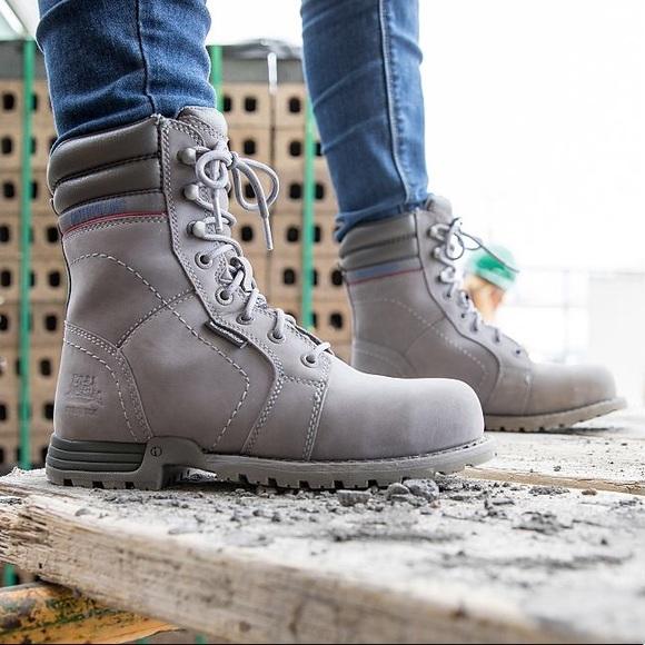 d531e90908dd NWT   Caterpillar (CAT) Echo Boots in Frost Grey